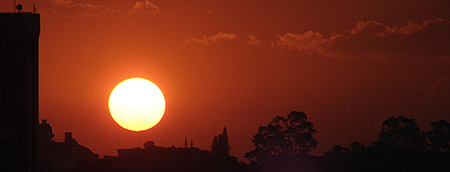Pôr-do-Sol na Vila Ol�mpia, São Paulo. Foto 02